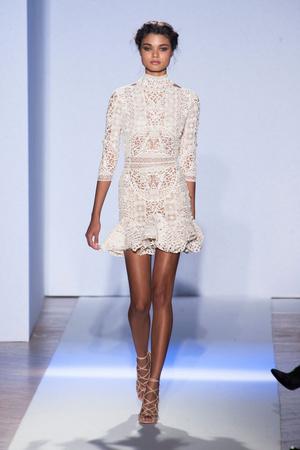 Показ Zuhair Murad коллекции сезона Весна-лето 2013 года Haute couture - www.elle.ru - Подиум - фото 480950