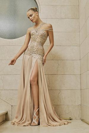 Показ Atelier Versace коллекции сезона Весна-лето  2017 года Haute couture - www.elle.ru - Подиум - фото 616879