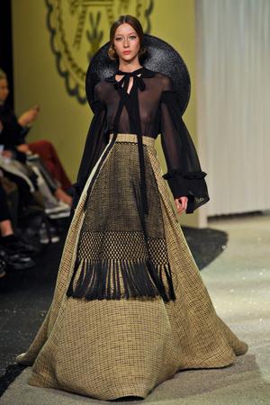 Показ Ulyana Sergeenko коллекции сезона Весна-лето 2013 года Haute couture - www.elle.ru - Подиум - фото 479064