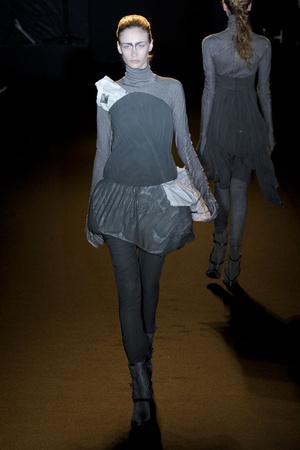 Показ A.F. Vandevorst коллекции сезона Осень-зима 2011-2012 года prêt-à-porter - www.elle.ru - Подиум - фото 249240