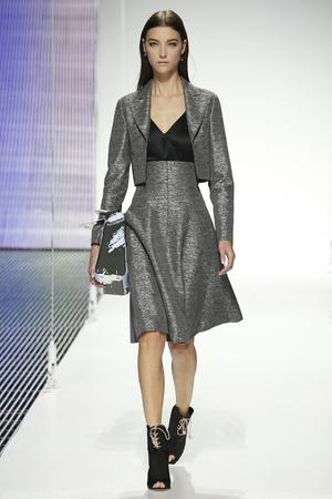 Показ Christian Dior коллекции сезона Cruise 2015 года prêt-à-porter - www.elle.ru - Подиум - фото 584201