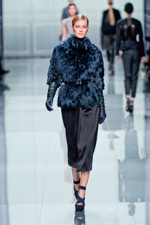 Показ Christian Dior коллекции сезона Осень-зима 2012-2013 года Prêt-à-porter - www.elle.ru - Подиум - фото 376290