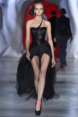 Показ Ulyana Sergeenko коллекции сезона Осень-зима 2014-2015 года haute couture - www.elle.ru - Подиум - фото 584988