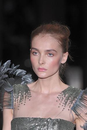 Показ Valentino коллекции сезона Осень-зима 2009-2010 года haute couture - www.elle.ru - Подиум - фото 88475