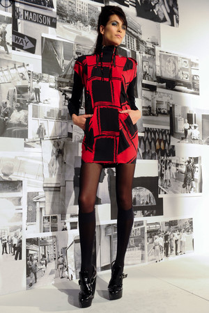 Показ L.A.M.B. коллекции сезона Осень-зима 2012-2013 года prêt-à-porter - www.elle.ru - Подиум - фото 340292