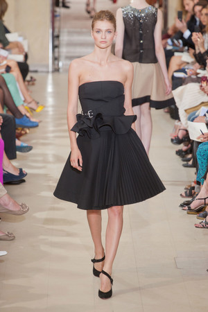 Показ Bouchra Jarrar коллекции сезона Осень-зима 2012-2013 года Haute couture - www.elle.ru - Подиум - фото 403091