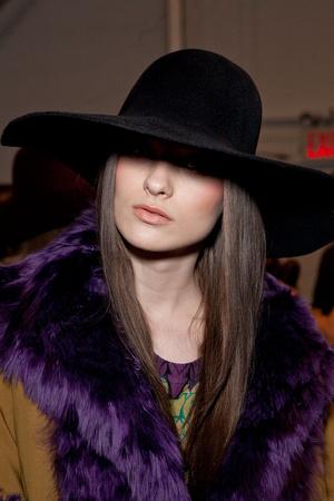 Показ Nicole Miller коллекции сезона Осень-зима 2012-2013 года prêt-à-porter - www.elle.ru - Подиум - фото 338726