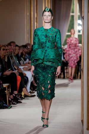 Показ Giambattista Valli коллекции сезона Осень-зима 2012-2013 года haute couture - www.elle.ru - Подиум - фото 403403