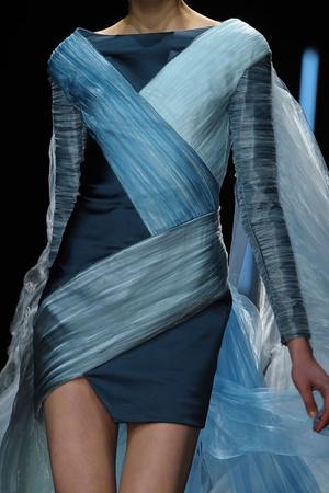 Показ Maxime Simoens коллекции сезона Весна-лето 2012 года Haute couture - www.elle.ru - Подиум - фото 333600