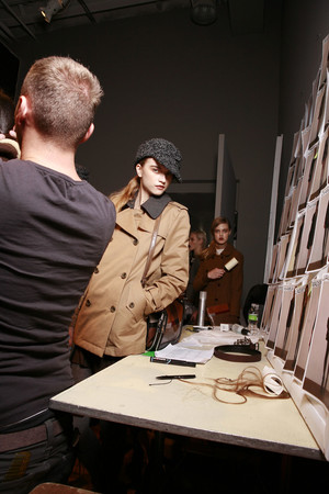 Показ DKNY коллекции сезона Осень-зима 2010-2011 года prêt-à-porter - www.elle.ru - Подиум - фото 142566