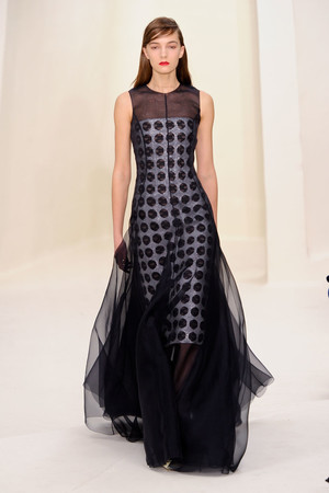 Показ Christian Dior коллекции сезона Весна-лето 2014 года Haute couture - www.elle.ru - Подиум - фото 574267