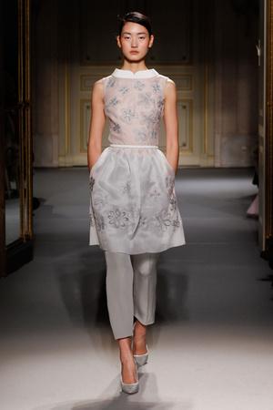 Показ Georges Hobeika коллекции сезона Весна-лето 2013 года Haute couture - www.elle.ru - Подиум - фото 477522