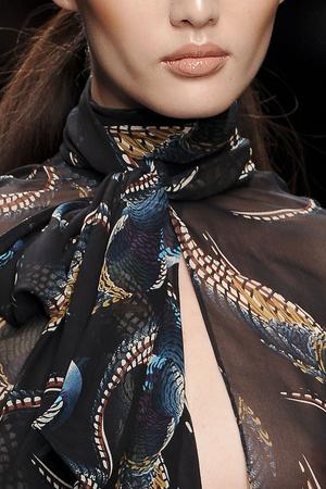 Показ Issa London коллекции сезона Осень-зима 2011-2012 года Prêt-à-porter - www.elle.ru - Подиум - фото 239539