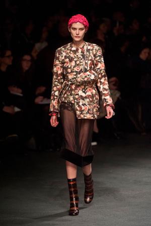 Показ Givenchy коллекции сезона Осень-зима 2013-2014 года Prêt-à-porter - www.elle.ru - Подиум - фото 543163