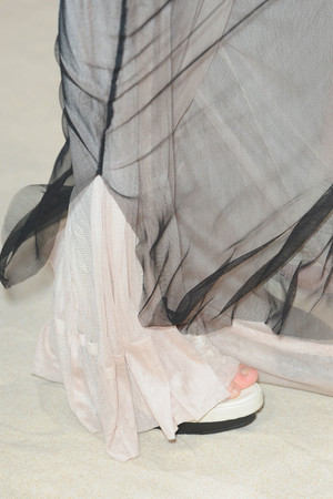 Показ Ann Demeulemeester коллекции сезона Весна-лето 2012 года prêt-à-porter - www.elle.ru - Подиум - фото 308845