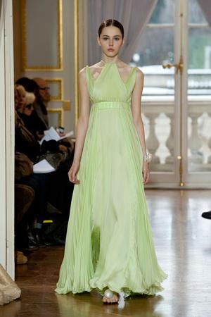 Показ Christophe Josse коллекции сезона Весна-лето 2013 года Haute couture - www.elle.ru - Подиум - фото 477030