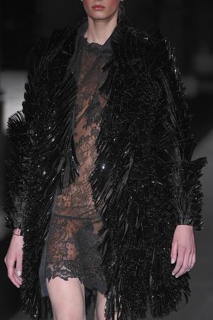Показ Valentino коллекции сезона Осень-зима 2009-2010 года haute couture - www.elle.ru - Подиум - фото 88473