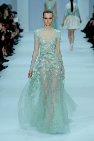 Показ Elie Saab коллекции сезона Весна-лето 2012 года haute couture - www.elle.ru - Подиум - фото 332664