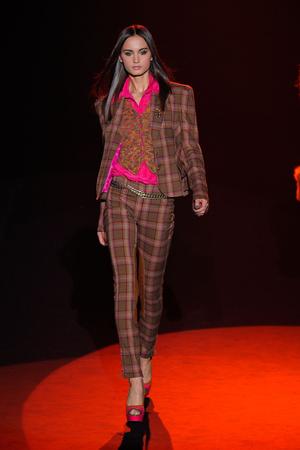Показ Betsey Johnson коллекции сезона Осень-зима 2012-2013 года prêt-à-porter - www.elle.ru - Подиум - фото 345827