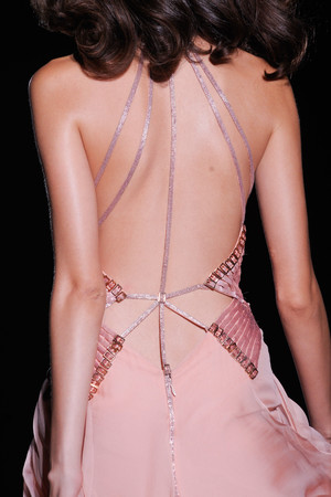 Показ Atelier Versace коллекции сезона Осень-зима 2012-2013 года Haute couture - www.elle.ru - Подиум - фото 402996