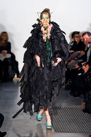 Показ Maurizio Galante коллекции сезона Весна-лето 2012 года Haute couture - www.elle.ru - Подиум - фото 330253