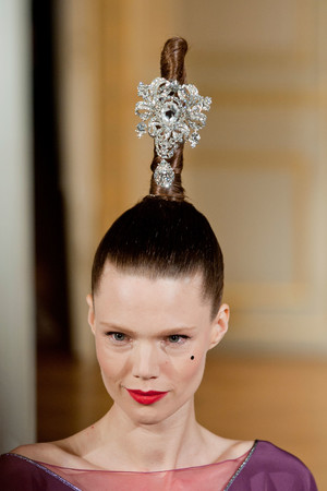 Показ Alexis Mabille коллекции сезона Осень-зима 2012-2013 года haute couture - www.elle.ru - Подиум - фото 403992