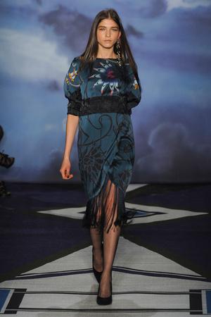 Показ Jen Kao коллекции сезона Осень-зима 2012-2013 года prêt-à-porter - www.elle.ru - Подиум - фото 338080