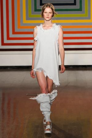 Показ Fashion East коллекции сезона Весна-лето 2012 года Prêt-à-porter - www.elle.ru - Подиум - фото 299418