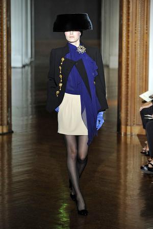 Показ Christian Lacroix коллекции сезона Осень-зима 2009-2010 года haute couture - www.elle.ru - Подиум - фото 87360