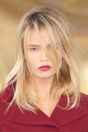 Показ  коллекции сезона Осень-зима 2010-2011 года haute couture - www.elle.ru - Подиум - фото 167764