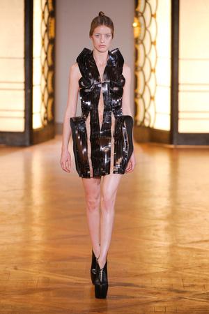Показ  коллекции сезона Осень-зима 2012-2013 года Haute couture - www.elle.ru - Подиум - фото 403430