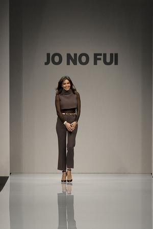 Показ Jo No Fui коллекции сезона Осень-зима 2011-2012 года Prêt-à-porter - www.elle.ru - Подиум - фото 242721