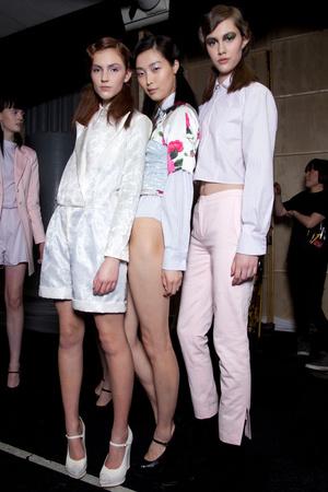 Показ Fashion East коллекции сезона Осень-зима 2012-2013 года Prêt-à-porter - www.elle.ru - Подиум - фото 357408