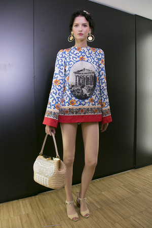 Показ Dolce & Gabbana коллекции сезона Весна-лето 2014 года prêt-à-porter - www.elle.ru - Подиум - фото 566352
