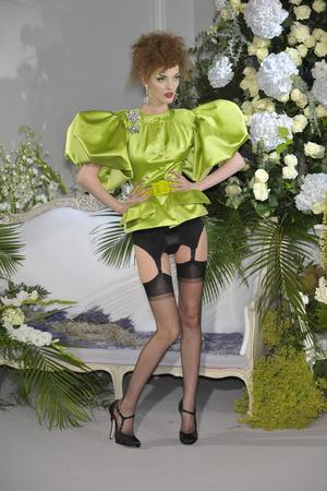 Показ Christian Dior коллекции сезона Осень-зима 2009-2010 года Haute couture - www.elle.ru - Подиум - фото 87327