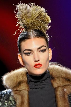 Показ Jean Paul Gaultier коллекции сезона Осень-зима 2011-2012 года Haute couture - www.elle.ru - Подиум - фото 279347