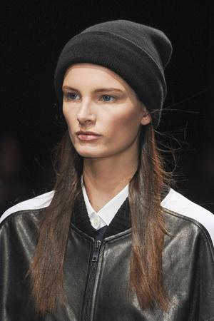 Показ DKNY коллекции сезона Осень-зима 2013-2014 года prêt-à-porter - www.elle.ru - Подиум - фото 509101