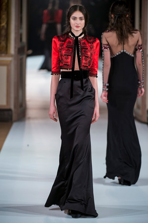 Показ Yanina Couture коллекции сезона Весна-лето  2017 года Haute couture - www.elle.ru - Подиум - фото 616429