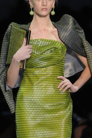 Показ Giorgio Armani Privé коллекции сезона Весна-лето 2012 года Haute couture - www.elle.ru - Подиум - фото 331687
