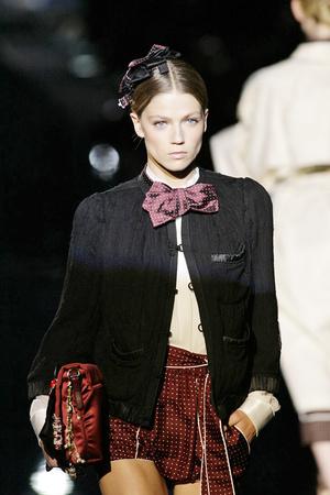 Показ Dolce & Gabbana коллекции сезона Весна-лето 2009 года prêt-à-porter - www.elle.ru - Подиум - фото 81408