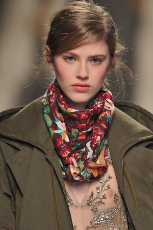 Показ Kenzo коллекции сезона Осень-зима 2009-2010 года Prêt-à-porter - www.elle.ru - Подиум - фото 99175