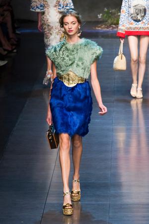 Показ Dolce & Gabbana коллекции сезона Весна-лето 2014 года prêt-à-porter - www.elle.ru - Подиум - фото 566255