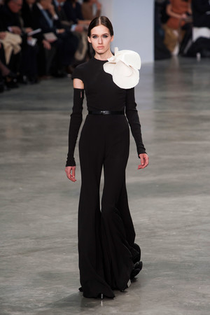 Показ Stephane Rolland коллекции сезона Весна-лето 2013 года Haute couture - www.elle.ru - Подиум - фото 479761