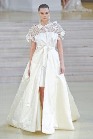 Показ Alexis Mabille коллекции сезона Весна-лето 2011 года haute couture - www.elle.ru - Подиум - фото 214835