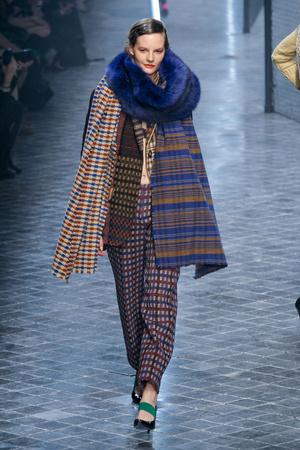 Показ Sonia Rykiel коллекции сезона Осень-зима 2011-2012 года prêt-à-porter - www.elle.ru - Подиум - фото 253552