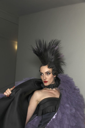 Показ Jean Paul Gaultier коллекции сезона Весна-лето 2011 года Haute couture - www.elle.ru - Подиум - фото 218177