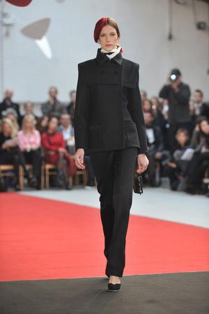 Показ Alexis Mabille коллекции сезона Весна-лето 2010 года haute couture - www.elle.ru - Подиум - фото 137901