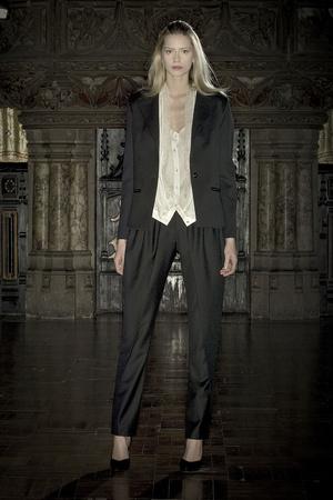 Показ Anne Valerie Hash коллекции сезона Весна-лето 2009 года Haute couture - www.elle.ru - Подиум - фото 86215