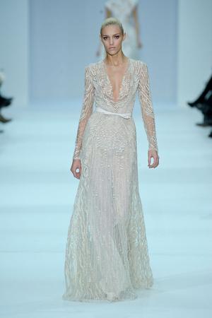 Показ Elie Saab коллекции сезона Весна-лето 2012 года haute couture - www.elle.ru - Подиум - фото 332665