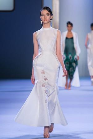 Показ Ulyana Sergeenko коллекции сезона Весна-лето 2014 года haute couture - www.elle.ru - Подиум - фото 574764